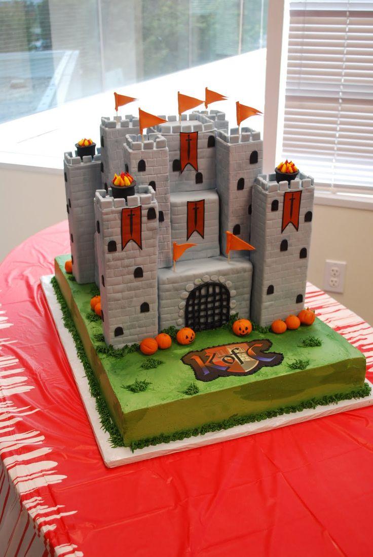 The Beehive: Medieval Castle Cake #taart #kasteel #cake een middeleeuwse kastelentaart