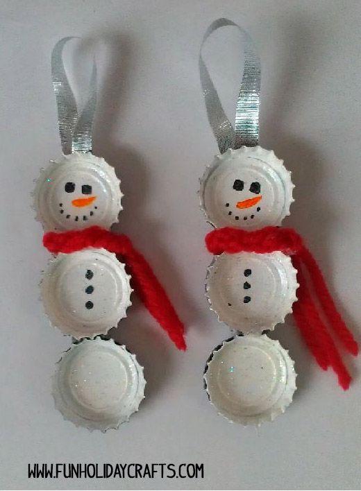 Decora la casa con los niños en Navidad, y diviertete haciendo originales adornos de navidad con ellos. Aquí tienes un montón de ideas de artesanias faciles para Navidad, sencillas, baratas y divertidas. Solo se necesita un poco de imaginación y ganas de pasarselo bien haciendo manualidades con los niños