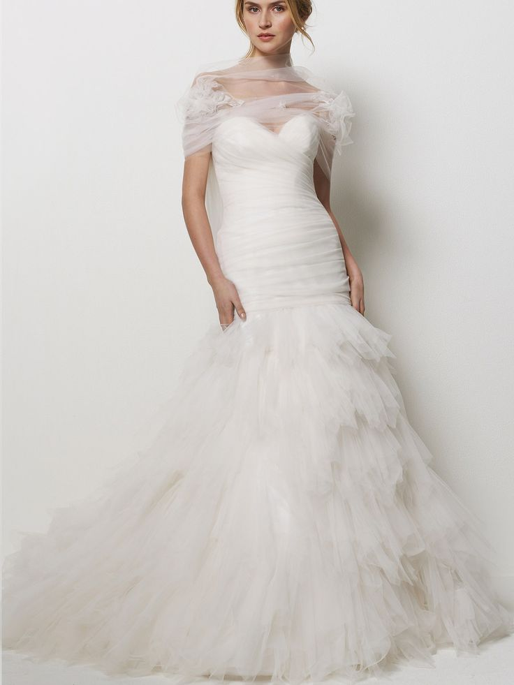 Amazing tulle strapless gorgeous wedding dress with tiered ruffled skirt