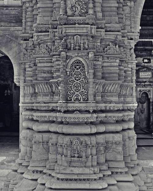 Beautiful Pillar 😵😍
