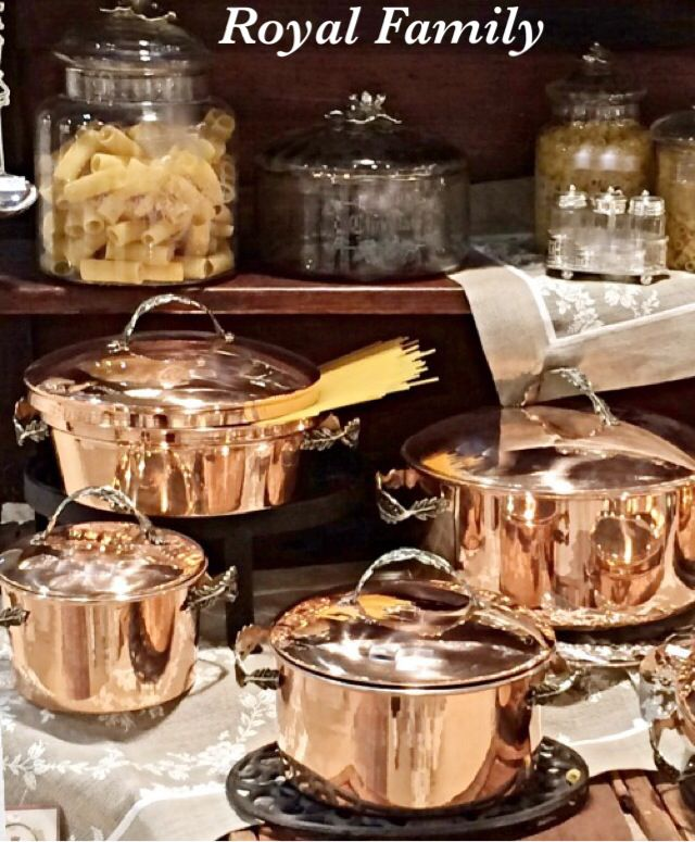Utilizza le speciali caratteristiche del rame per cucinare  www.royalfamily.it