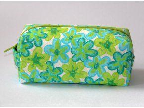 Zelenotyrkysové květiny - Kosmetická taštička ušitá z originální designované látky, vyztužená, s podšívkou.