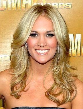 Carrie UnderwoodWedding Hair, Hair Colors, Hairmakeup, Hair Makeup, Middle Parts, Carrie Underwood, Hair Style, Carrieunderwood, Wedding Makeup