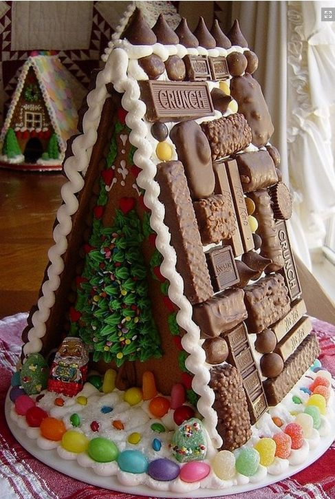 .Wow, the chocolate biscuits on the roof are stunning!
