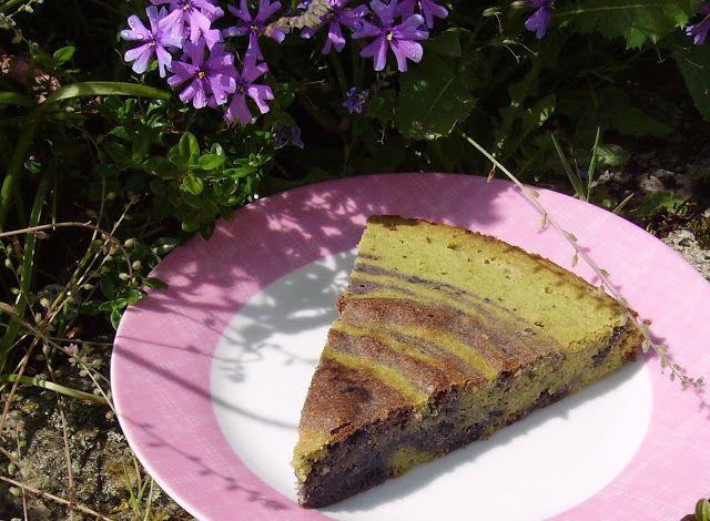 Mia's Glutenfreie Gaumenfreuden: Matcha-Lavendel-Blaubeer-Kuchen (glutenfrei, low-carb)