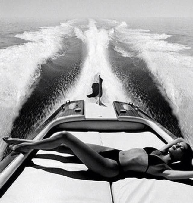 riva girls Welcome to the world of riva yacht the perfect balance between luxury, comfort and timeless elegance.