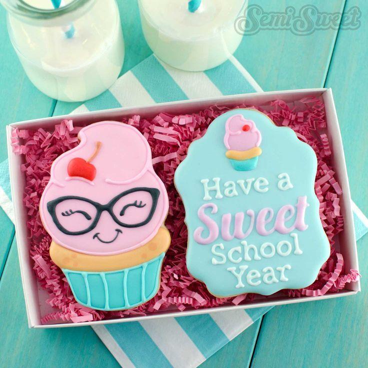 nerdy cupcake cookies girl