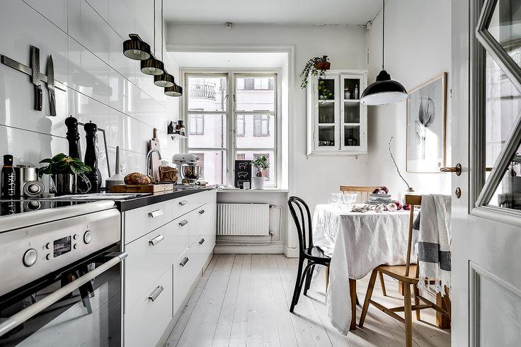 Big homely Scandinavian kitchen