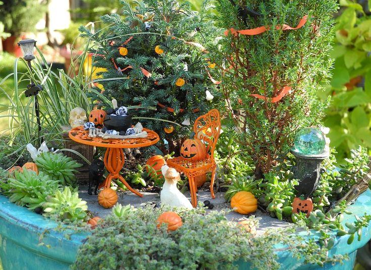 Halloween in the Miniature Garden
