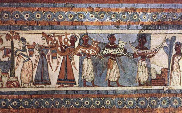 Las ceremonias religiosas de los cretenses, a juzgar por las representaciones que se conservan, se distinguían por su gran diversidad. Se puede suponer que consistían en danzas, canciones, procesiones solemnes semejantes a la marcha de los que recogen el olivo en la escena que aparece en un jarrón de esteatita de Hagia—Tríada, holocaustos en los santuarios públicos y privados. A juzgar por las inscripciones de Cnosos, en algunas fiestas se sacrificaban decenas de animales.