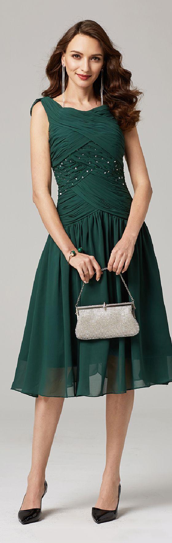 A-Line V-neck Knee Length Chiffon Party Dress with Beading