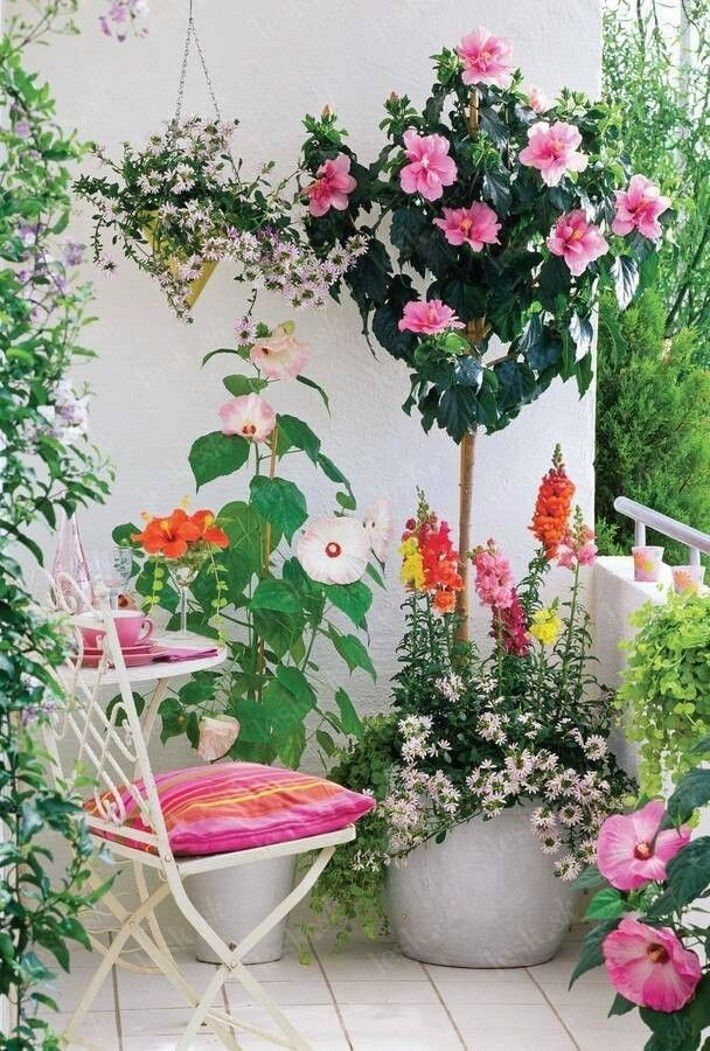 ComfyDwelling.com » Blog Archive » 30 Inspiring And Refreshing Spring Balcony Decor Ideas