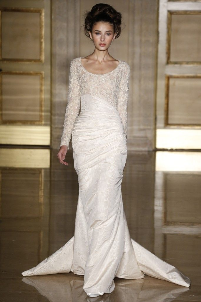 How gorgeous are the lace scoop neck & train on this @Douglas_Hannant #wedding dress? Stunning!