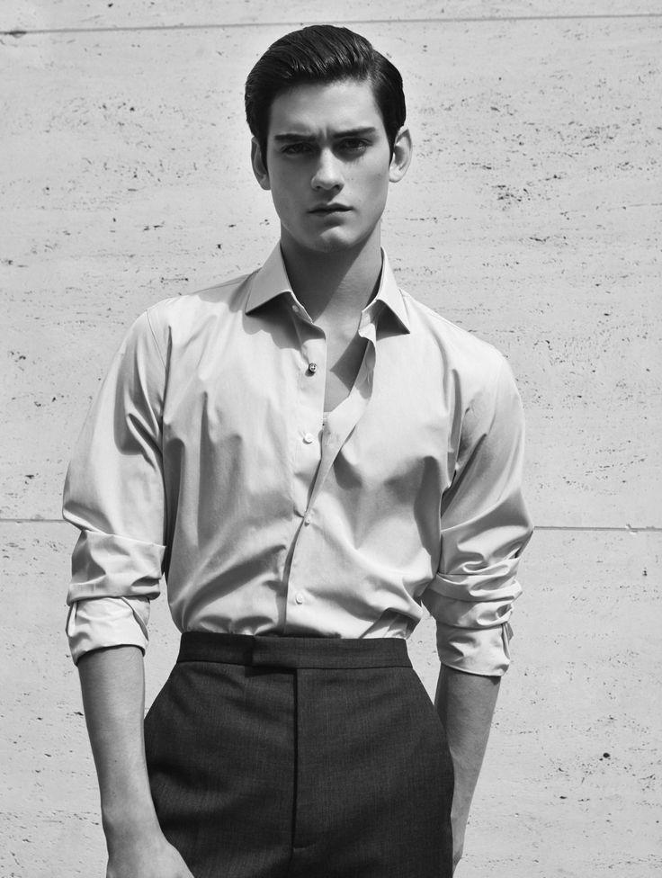 """laragiliberto: """"""""L'art du détail"""" in L'officiel Hommes, photography by @laragiliberto styling by Jérome André, model Tristan Ridel @Elite Paris """""""