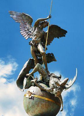 San Michele Arcangelo nei giardini vaticani - di Belvecchio