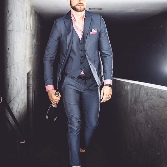 Good #Friday #night to #everyone    #distretto12 #sobriaoriginalita #madeinitaly #man #model #fashionman #fashion #fashionoftheday #outfit #outfitoftheday #instafashion #swag #style #stylish #uomoviaggiatore #travellingman #bestoftheday #fun #golook #look #igdaily #instamood #moda #studio