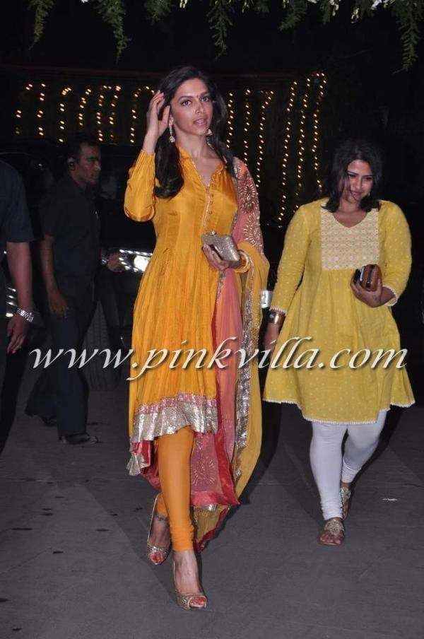 Deepika Padukone at the Wedding reception of Navin and Mahek Shetty | PINKVILLA