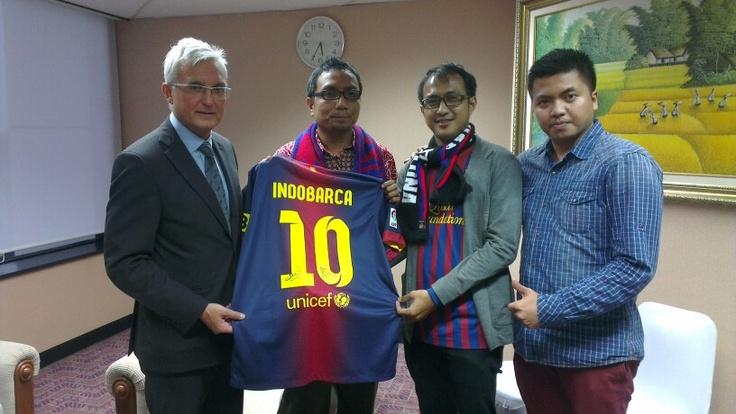 CEO of Barcelona, Antoni Rossich & @INDOBARÇA & Bolalob #IndosatBarca
