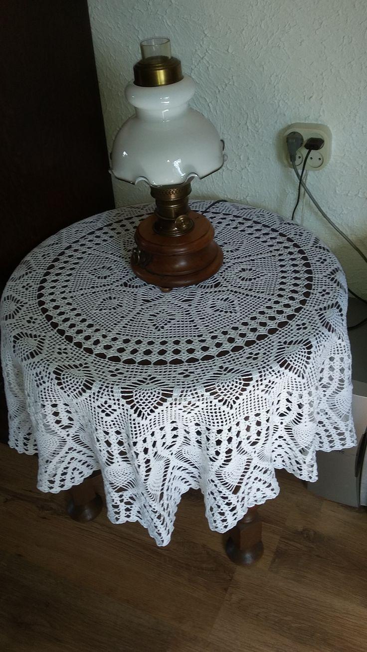 Tafelkleed gehaakt met durable glanskatoen nr.10