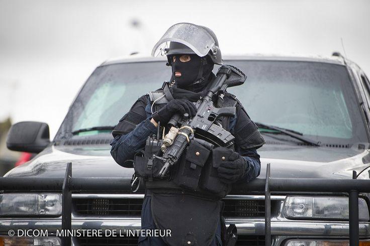 http://www.kaskus.co.id/thread/54b0bbdea2cb17f4408b4573/paris-terror-attack-siege/6