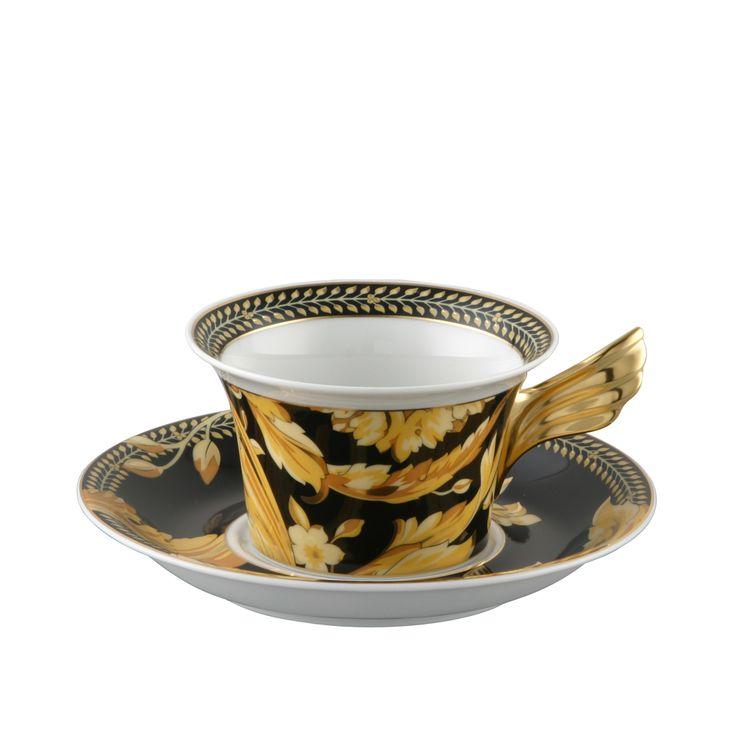 VANITY TEA SET. Un lujoso set de té en porcelana y oro diseñado por Gianni #Versace. Encuéntralo en nuestra tienda online y celebra lo auténtico. http://www.fidelius.com.uy