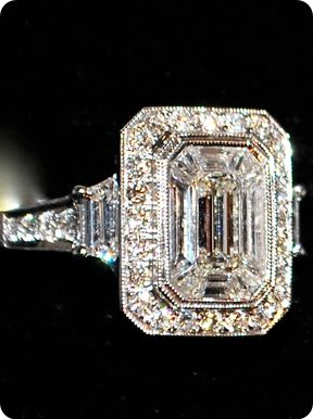 Diamond Ring 18K White Gold I love vintage!!! They don't make them like they used to....