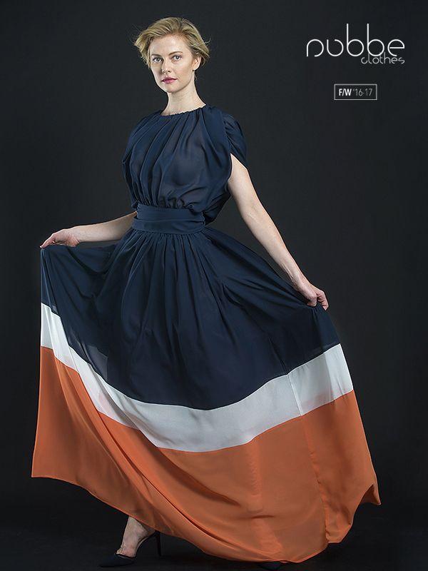 """Feliz lunes!  NUBBE CLOTHES   F/W '16-17  Elegancia y sensualidad son compatibles. Recibimos al lunes con un look sensual y elegante.  Imagen: Blusa """"Valentina"""" + falda """"Neus"""".  Blusa también disponible en naranja, negro y blanco.   Hazte con él en nuestra tienda online y puntos de venta. http://tienda.nubbeclothes.com/  #otoño #fashion #moda #modagallega #madeinspain #elegante #fiesta #blusa #falda"""