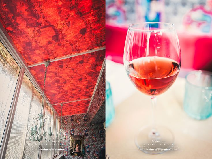 Pink wine & Red ceiling at @goodearth Khan Market's Latitude Cafe