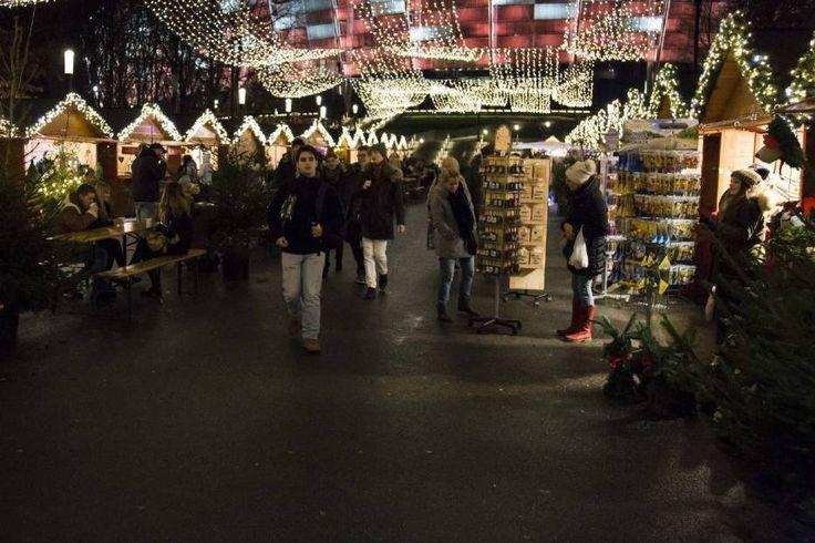 Jarmark Świąteczny 2015, Stadion Narodowy. Bożonarodzeniowe przysmaki na Zimowym Narodowym