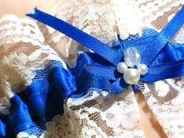 Risultati immagini per lingerie sposa con qualcosa di blu