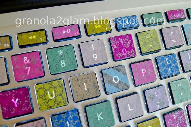 how to clean mac keyboard under keys