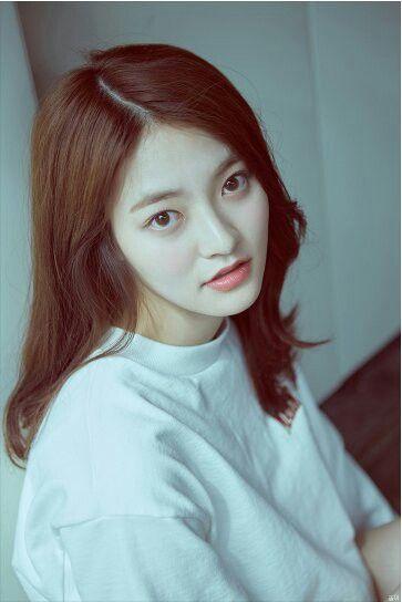 "[DIA] Somyi Individual Concept Photo 2 Album ""YOLO"""
