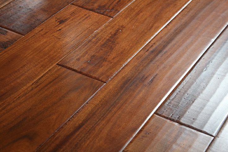 Glamour Flooring caries a variety of wood flooring and the wide plank hardwood flooring is most definitely customers favorite.