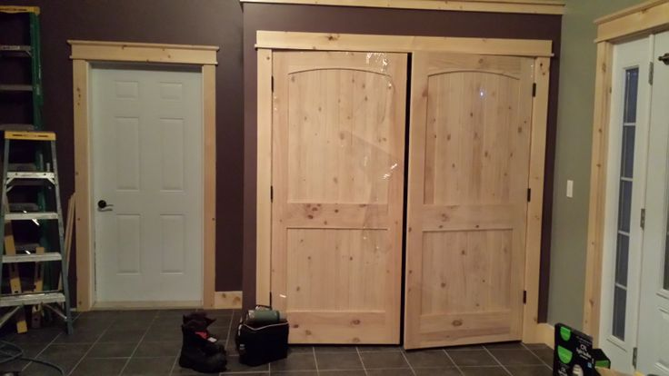 Knotty Pine Bifold Closet Doors Home Design Ideas And Pictures
