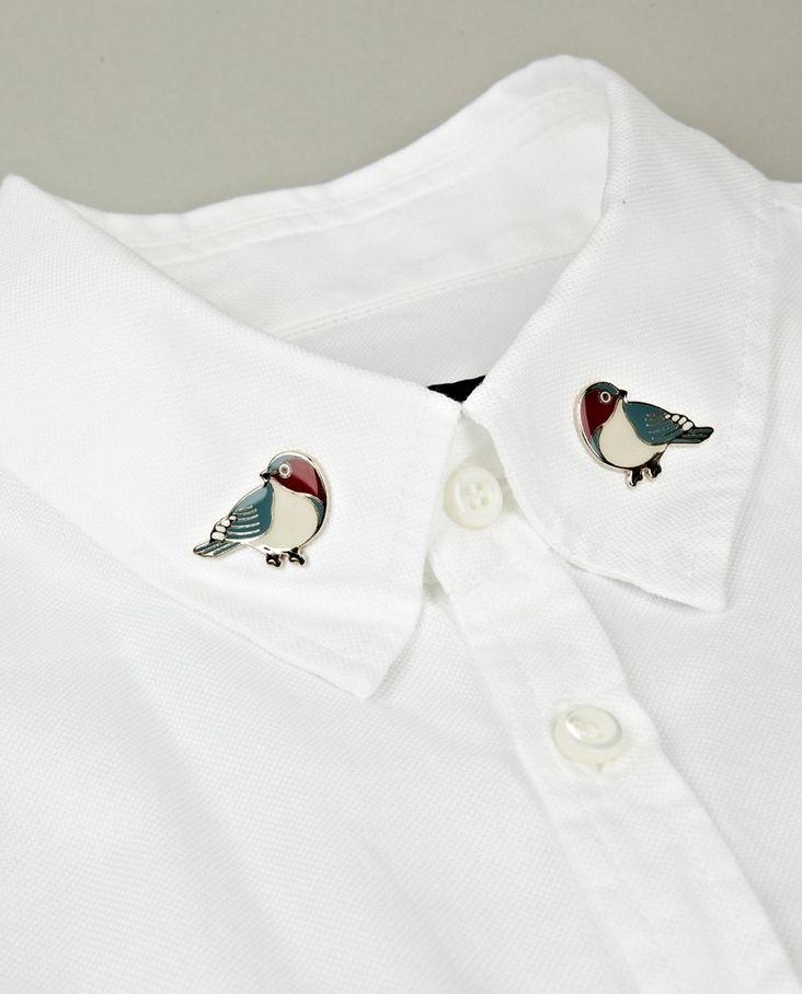 cutielittledimple:  Bird pins on the collar