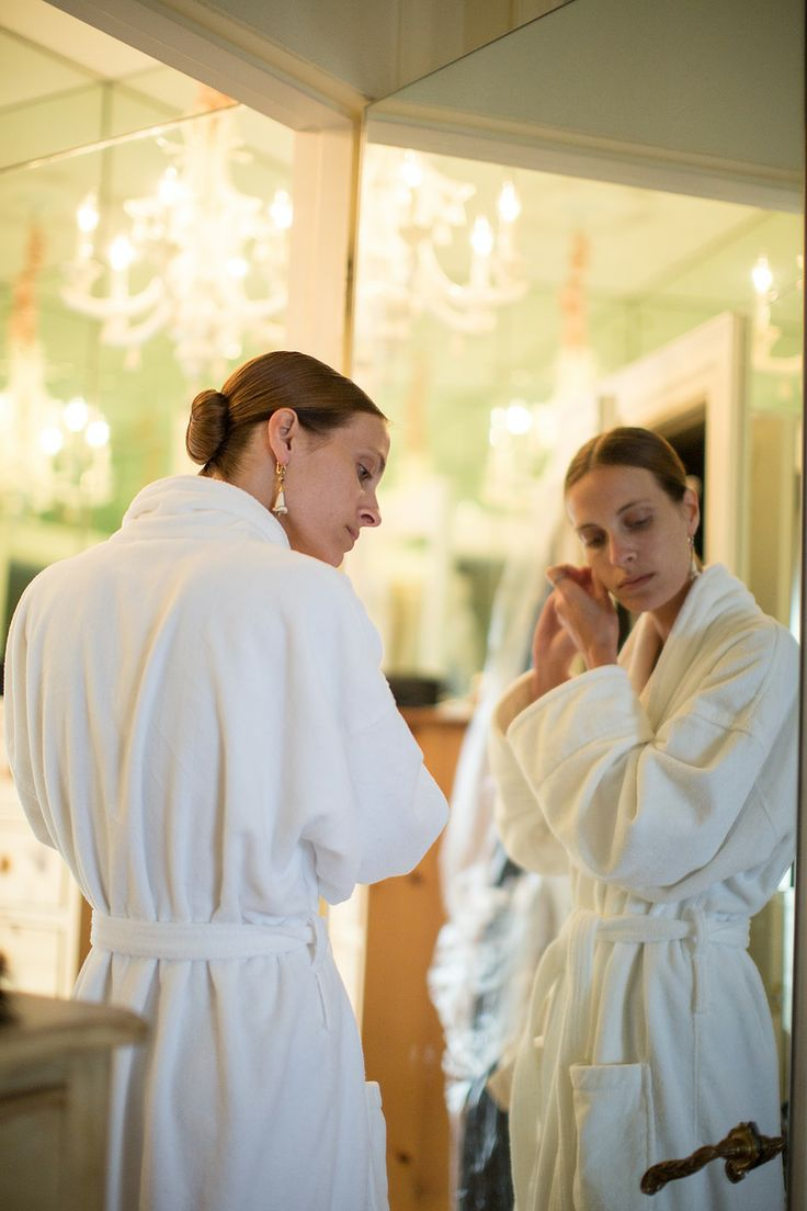 The wedding by danielle steel - Vanessa Traina Getting Ready For Her Wedding The Bride Tied The Knot At Her Mother Danielle Steel S Home In Pacific Heights San Francisco In A Custom Made