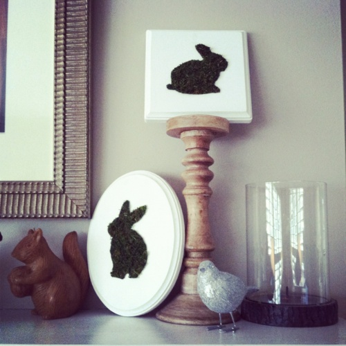 I made a gazillion of these fun little moss bunny plaques. These two made my mantle.Holiday Ideas, Diy Crafts, Art Crafts Ideas, Easter Crafts, Holiday Fun, Easter Fun, Holiday Decor, Bunnies Plaque, Easter Ideas
