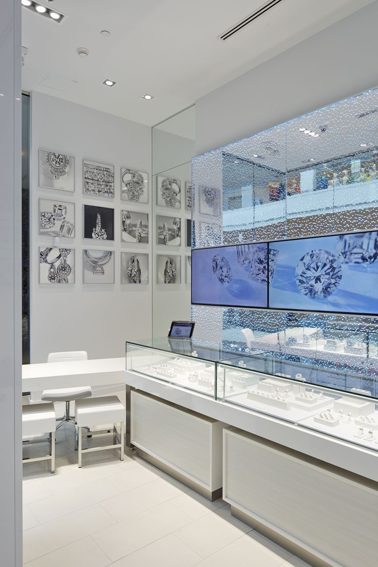 14 best jewelry visual merchandising images on pinterest for Roosevelt field jewelry stores