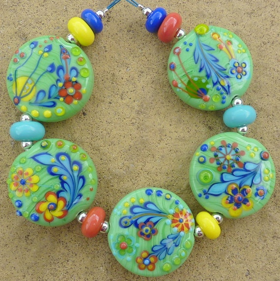 stunning and intricate lampwork beads