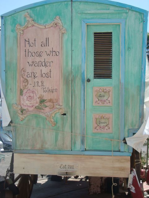 Lovely. You know I love my gypsy caravans...well this one is perfection on many levels: the T quote, the color... <3