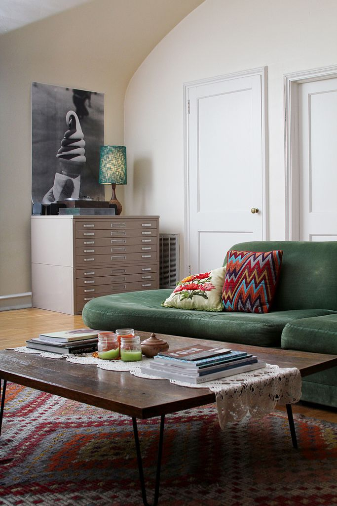 eclectic living room of Amanda from Here's Looking at Me blog.: Green Sofa, Decor, Coffee Tables, Interior, Idea, Green Couch, Living Rooms, Livingroom, Ice Cream