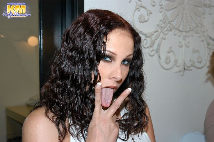 Amina munster nude