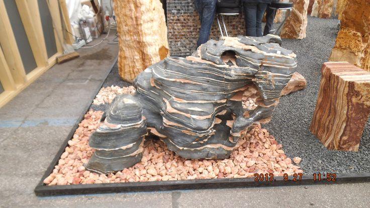 45 best images about arredo giardino pietre ornamentali - Rocce da giardino ...