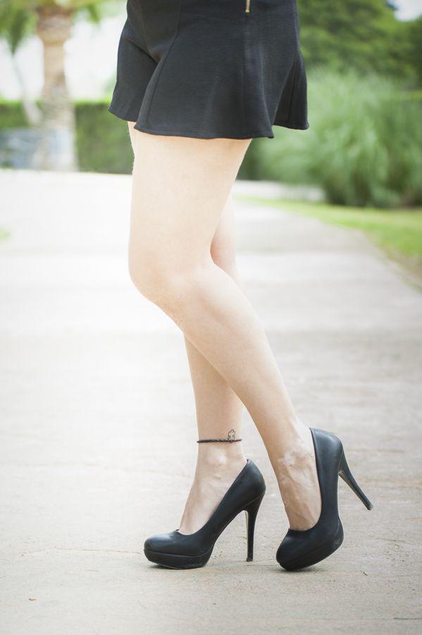 FALDA - PANTALÓN #Style #Streetstyle #Fashionista #Blogger #StyleBlog #Clothing #Lookbook #WomensFashion #FBloggers #Blogging #StyleBlogger #Clothes #blusa #girl #falda-pantalon #Tacones # transparencia