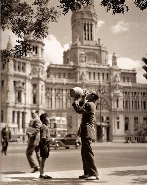 Francesc Català-Roca - Plaza Cibeles, Madrid, 1950s