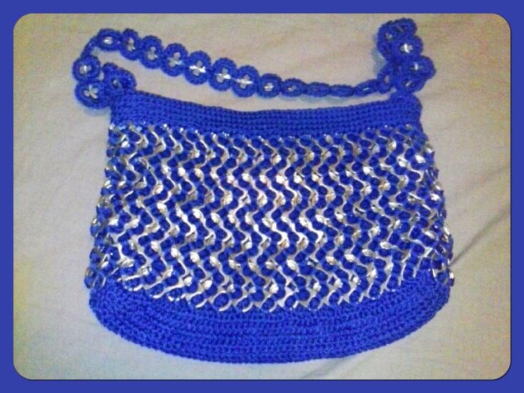 Bolsa tejida con fichas de latas! | bolsas tejidas | Pinterest