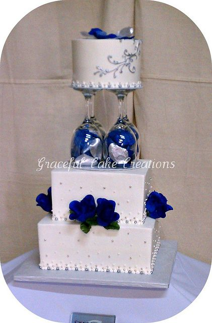 Navy Blue White And Silver Wedding Decorations : Blue and silver wedding cakes white navy