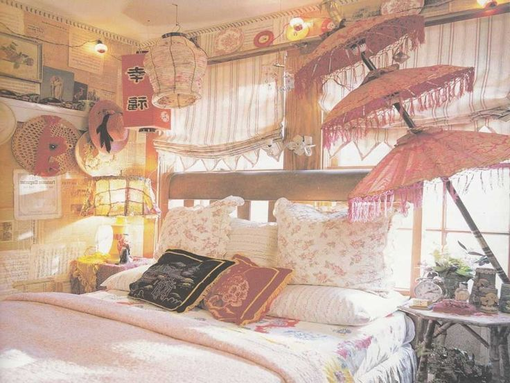 Bohemian Style Bedroom For Dreamy And Catchy Look | Welcome to help the weblog, in this particular time period I will explain to you regarding Bohemia... http://zoladecor.com/bohemian-style-bedroom-for-dreamy-and-catchy-look