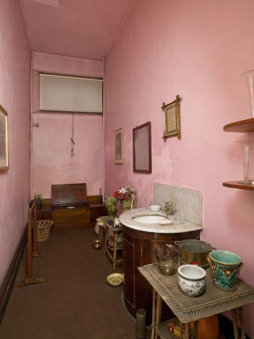 43 best Victorian Decor images on Pinterest | Victorian decor ...