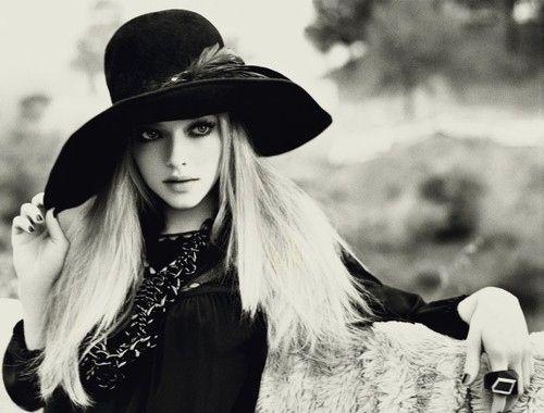 Amanda Seyfried    #bohemian  #boho #hippie Fashion Style, Beautiful, Amandaseyfried, Big Hats, Bohemian Style,  Ten-Gallon Hats, Cowboy Hats, Vintage Inspiration, Amanda Seyfried